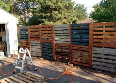 How to build a pallet fence for almost 0 and 6 plans ideas - Gartenzaun paletten ...