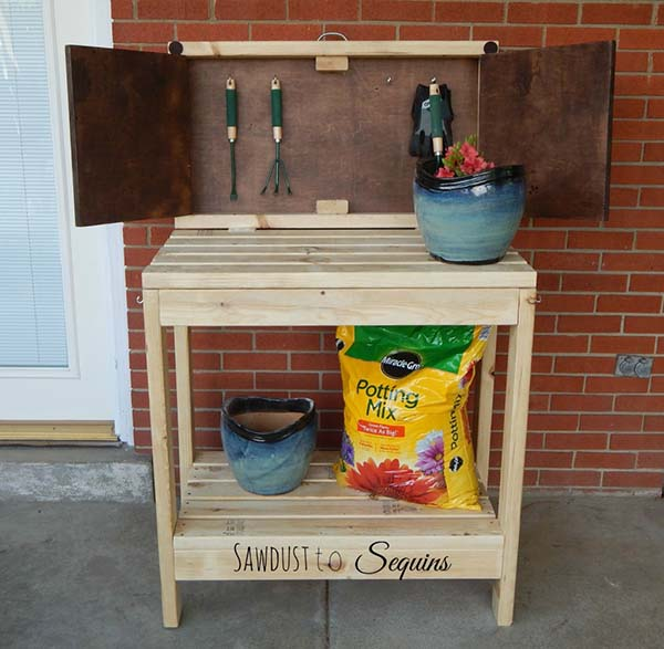 The Compact Potting Bench
