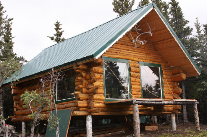 27 beautiful diy cabin plans you can actually build i love all of the alaskan cabins most are built with the big thick logs that create an iconic look if you are like me and love this alaskan look then solutioingenieria Gallery