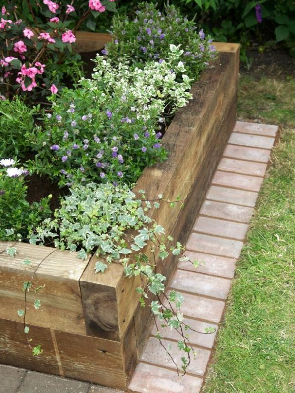 DIY Timber Raised Beds. Raised Garden Bed 31