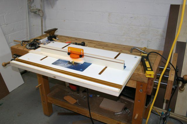 Workbench router table plans router image oakwoodclub 39 diy router table plans ideas that you can easily build greentooth Images
