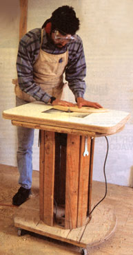39 free diy router table plans ideas that you can easily build do you have some old wire spools lying around if so there are a ton of uses for them including building a rolling router table out of one greentooth Gallery