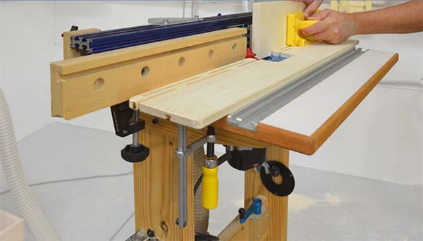 39 free diy router table plans ideas that you can easily build this table has a unique feature to it when you are routing objects near the edge this pressure jig will give adjusted pressure and allow you to easily keyboard keysfo Images