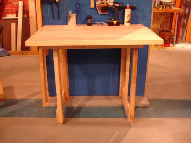 Do You Have A Smaller Shop Space? If So, Donu0027t Worry About It. There Are  Still Great Ways To Fit A Workbench In A Tighter Space.