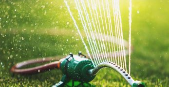 8 Best Sprinkler For Lawn And Garden U2013 Reviews U0026 Buying Guide