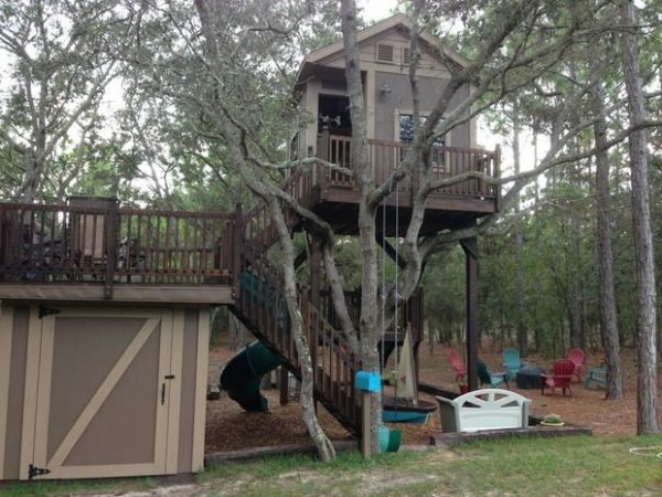 This Tree House Is Absolutely Adorable. If You Want Something That Will Add  Charm To Your Home Then This Tree House Will Certainly Do That.