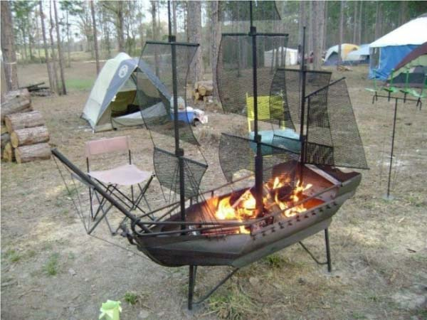 pirate-ship-fire-pit