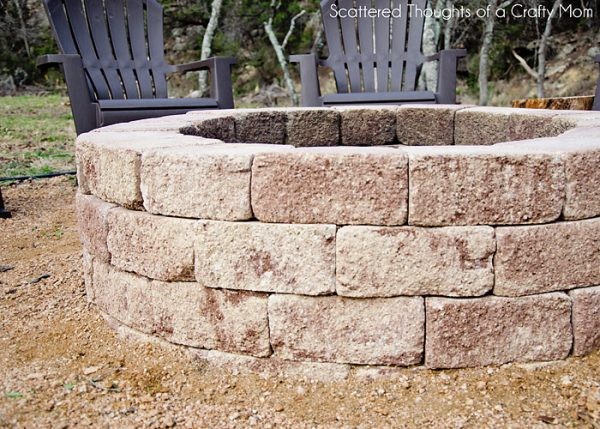 57 Inspiring DIY Outdoor Fire Pit Ideas to Make S'mores ... - photo#11