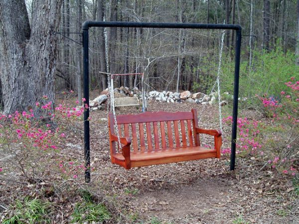 23 free diy porch swing plans ideas to chill in your front porch do you want a porch swing but dont have anywhere to enjoy it maybe you dont have much of a front porch or maybe you just dont have the room on the solutioingenieria Images