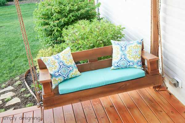 23 free diy porch swing plans ideas to chill in your front porch this porch swing has a little more modern flair to it than the one previously shown but it also looks really simple to build the tutorial seems rather solutioingenieria Images