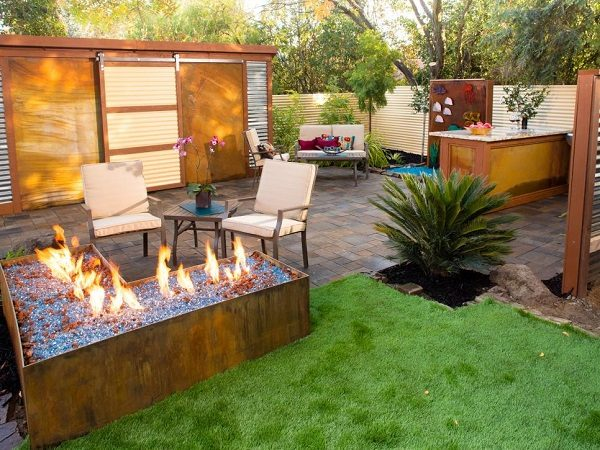 6-contemporary-backyard & 30 Small Backyard Ideas That Will Make Your Backyard Look Big