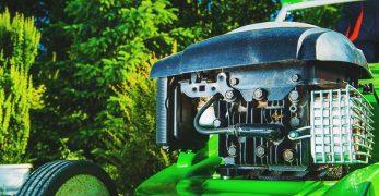 7 Best Push and Self Propelled Walk Behind Lawn Mower Reviews