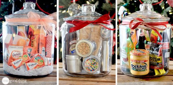 so if you love the idea of giving unique gifts in a jar then you have to check out this article they give lots of different ideas for items you can give - Homemade Christmas Gift Ideas For Adults