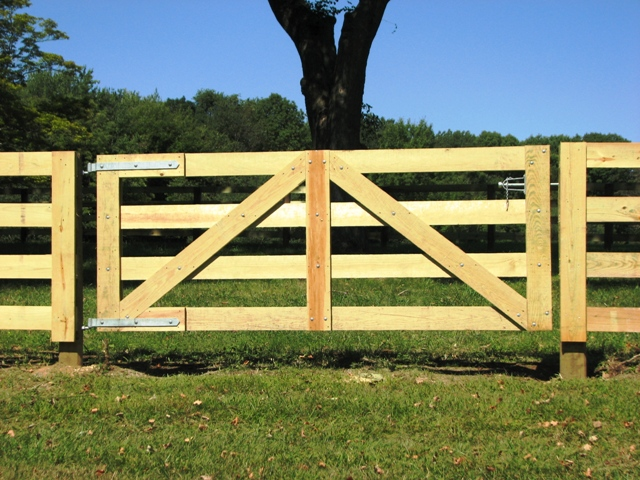 27 cheap diy fence ideas for your garden privacy or perimeter 4 rail horse fence workwithnaturefo