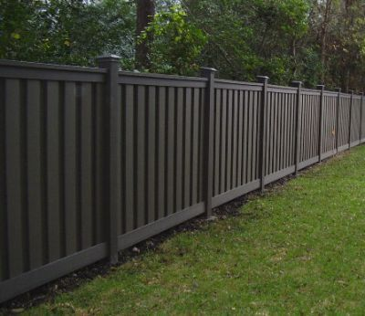 More good-looking yet affordable prefab fence ideas: - 27 Cheap DIY Fence Ideas For Your Garden, Privacy, Or Perimeter