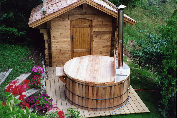 how to build a hot tub wood base