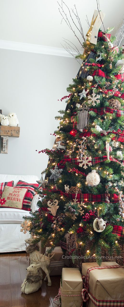 rustic marquee christmas tree - Christmas Tree Decorating Ideas 2015