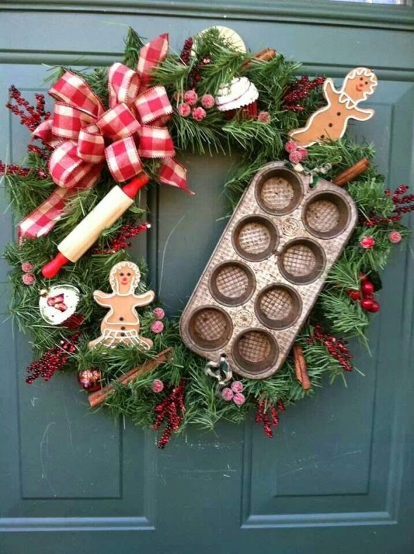 gingerbread-man-wreath