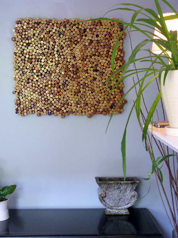 27 stunning diy wall art ideas guaranteed to liven up any room if you have enough corks stored up to make this cork wall art yourself without asking at least a couple of friends to chip in with their collections solutioingenieria Choice Image