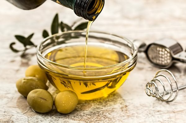 olive oil beauty hack