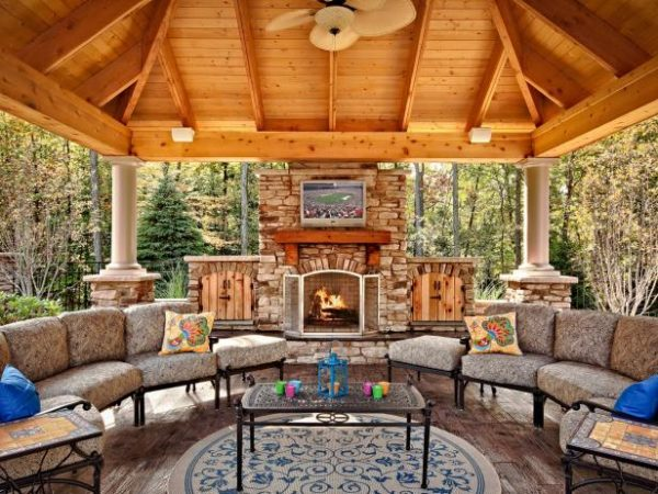 34 Fabulous Outdoor Fireplace Designs for Added Curb-Appeal on Outdoor Fireplaces Ideas id=93979