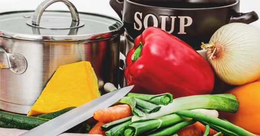 """4 Tips on How to Cook """"From Scratch"""" Like a Homesteader"""
