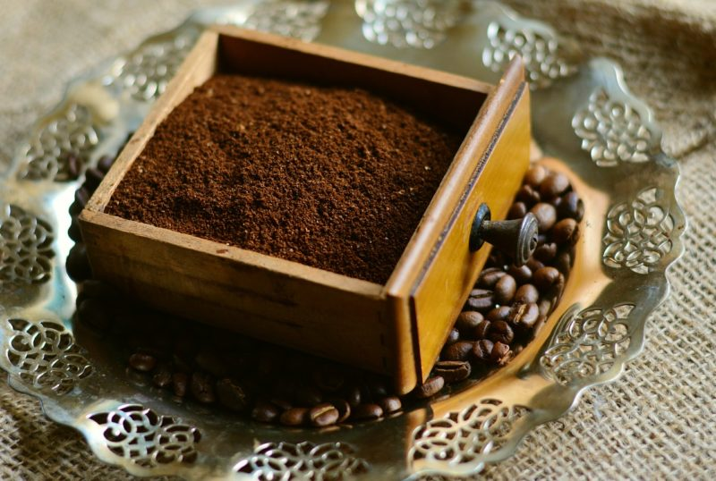 Coffee grounds to get rid of ants