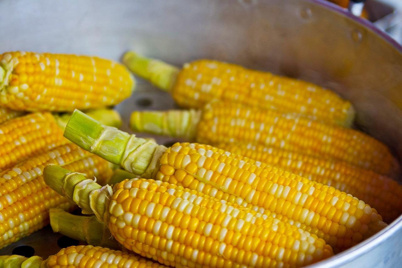 Cleaned corn