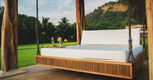 65 Outdoor Bed Ideas for Relaxing with Nature and Escape the Stuffy Indoors