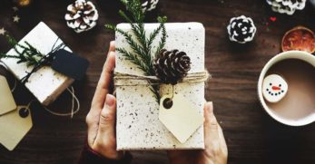 10 Tips for Celebrating Christmas When You're Flat Broke