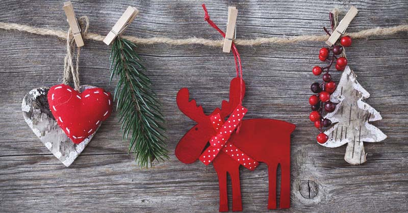 30 Inexpensive Decorating Ideas: 30 DIY Christmas Garland Ideas For Inexpensive Holiday