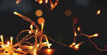 10 Best Battery-Operated Christmas Lights for a Fantastic Festive Display