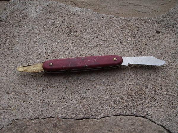 Grafting knife