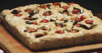 10 Homemade Flatbread Recipes to Try At Your Home