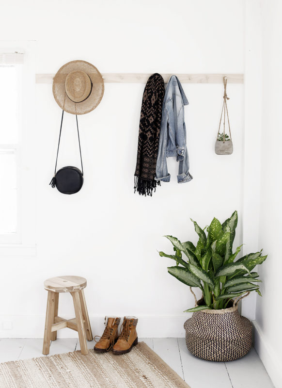 I Need Ideas For Decorating My Living Room: 27 Simple Tutorials To Build A DIY Hat Rack